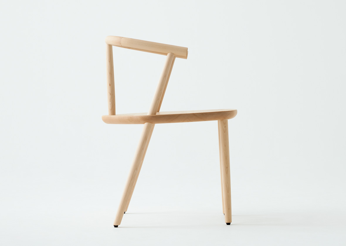 IVE_chair_02