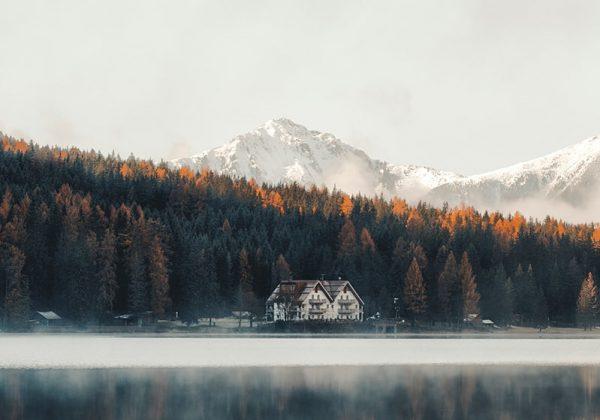 eberhard-grossgasteiger-UvdzJDxcJg4-unsplash-min